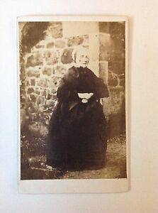 Details About CDV C1870 Victorian Old Lady With A White Cap Carte De Visite W Lowden Dundee