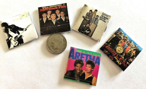 "/""Record/"" Albums with /""Records/"" #2 1:12 Dollhouse Miniature Overstock Lot Sale"