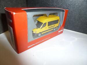 Herpa-092531-Mercedes-Benz-Sprinter-2013-Bus-Hochdach-034-Postbus-034