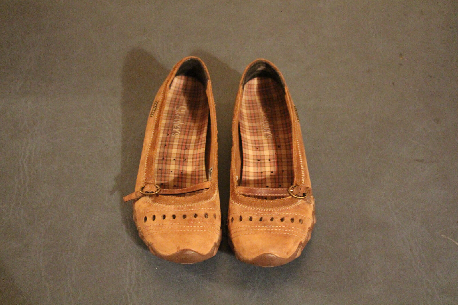 Skechers Brown Nubuck Suede Ballet Style Flats Women size 6.5