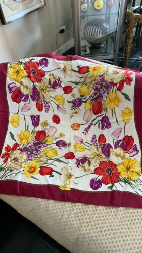 Gucci Silk Scarf  Vintage