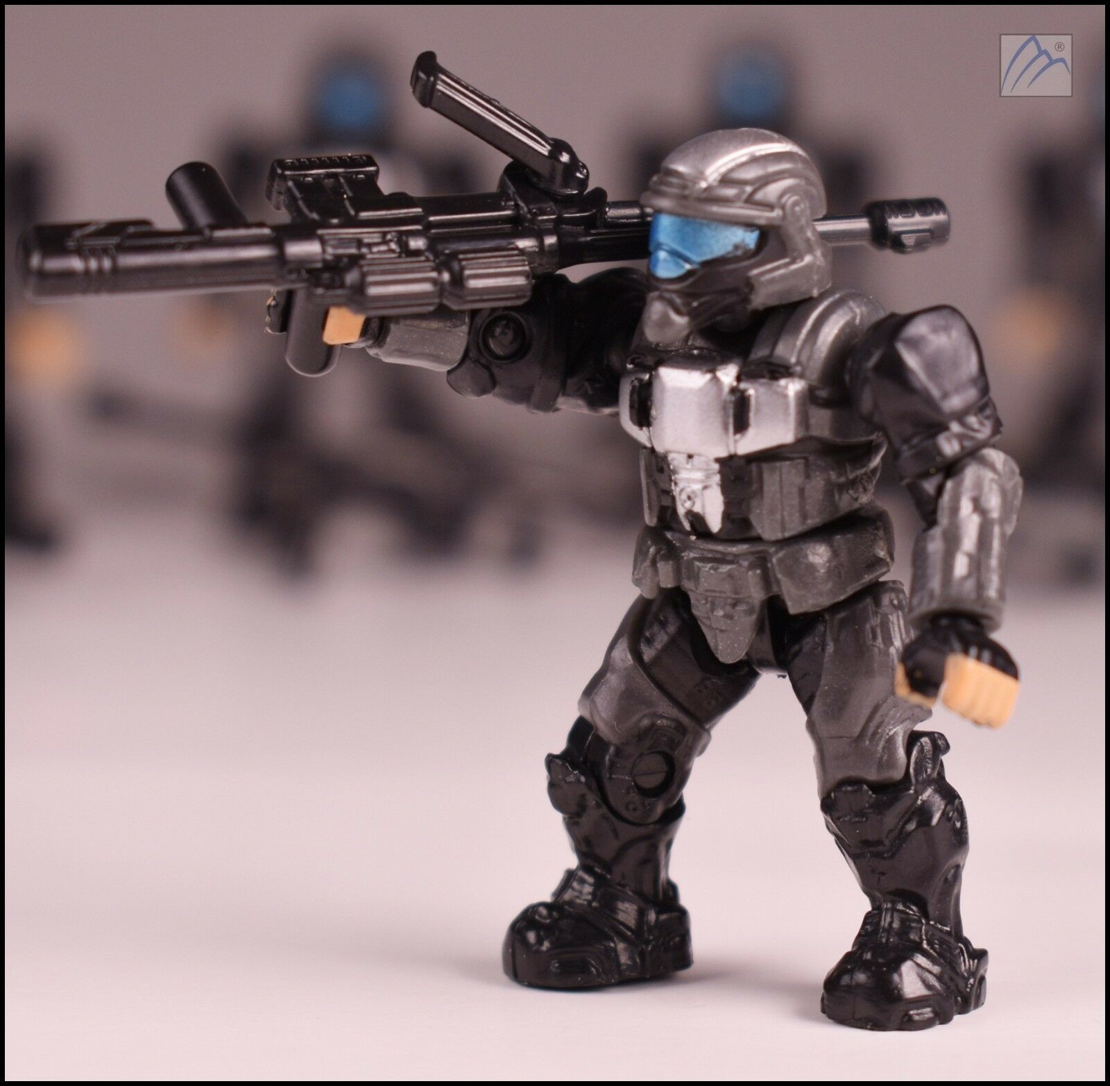 Halo Mega Bloks Set #CNG63 UNSC Spartan Soldier with SAW Rifle /& Target Locator