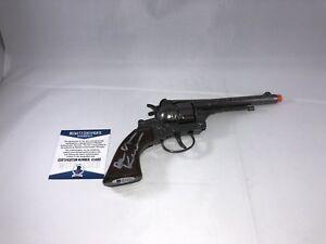 VAL-KILMER-SIGNED-TOMBSTONE-DOC-HOLLIDAY-REPLICA-ROLVER-TOY-GUN-BECKETT-BAS