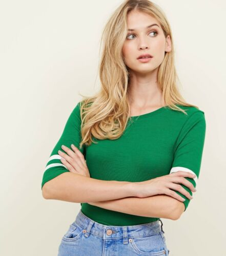 Ladies green ribbed t shirt with stripe detail in sizes 6 to 18 new with tags