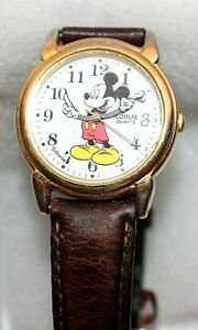 Vintage-Disney-Lorus-Quartz-Mickey-Time-Piece-Wrist-Watch-Collectible