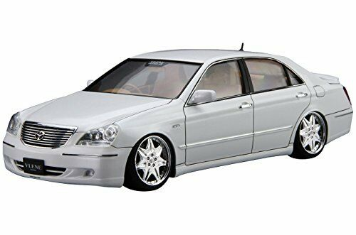 Aoshima TOYOTA Vlene UZS186 Majesta '04 Plastic Model Kit from From japan