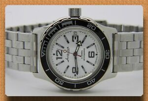 Diver-watch-200-m-russian-military-VOSTOK-AUTO-AMPHIBIAN-100485BZ-2-bezels