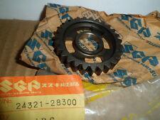 NOS SUZUKI RM125 TM125 RM100 TM100 SECOND DRIVEN GEAR 24321-28300