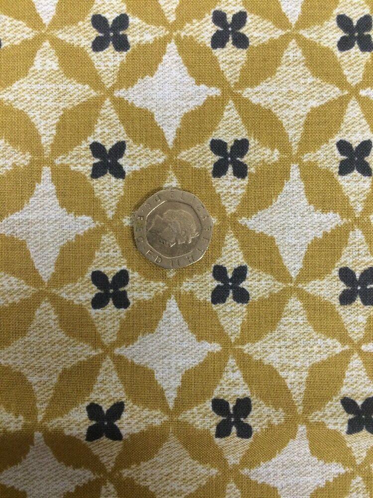More 100/% Cotton  Craft Bird Kiss Metallic Blue Michael Miller Fabric FQ