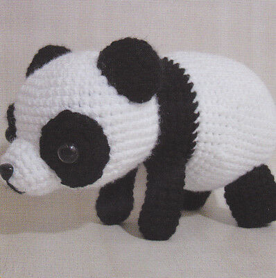 Adorable Panda Bear Amigurumi FREE Crochet Pattern | 400x398