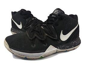 Nike Kyrie 5 Black Magic Basketball