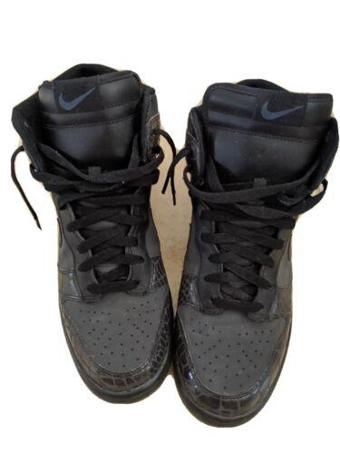 Nike Dunk Triple Black Size 11 Men's EUC