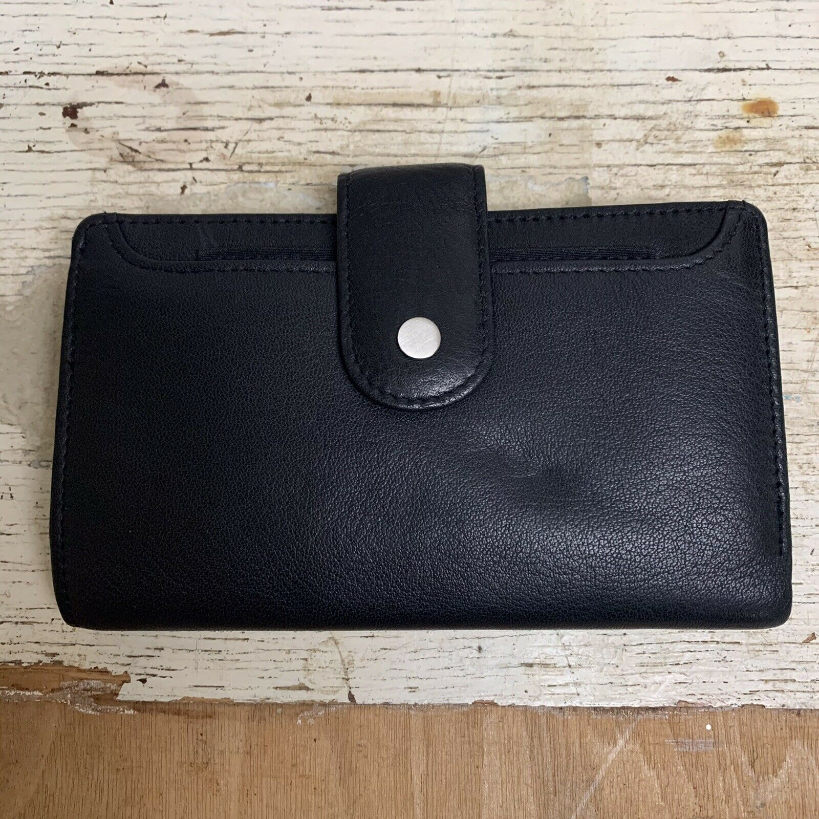 Dopp Genuine Leather Women's Wallet