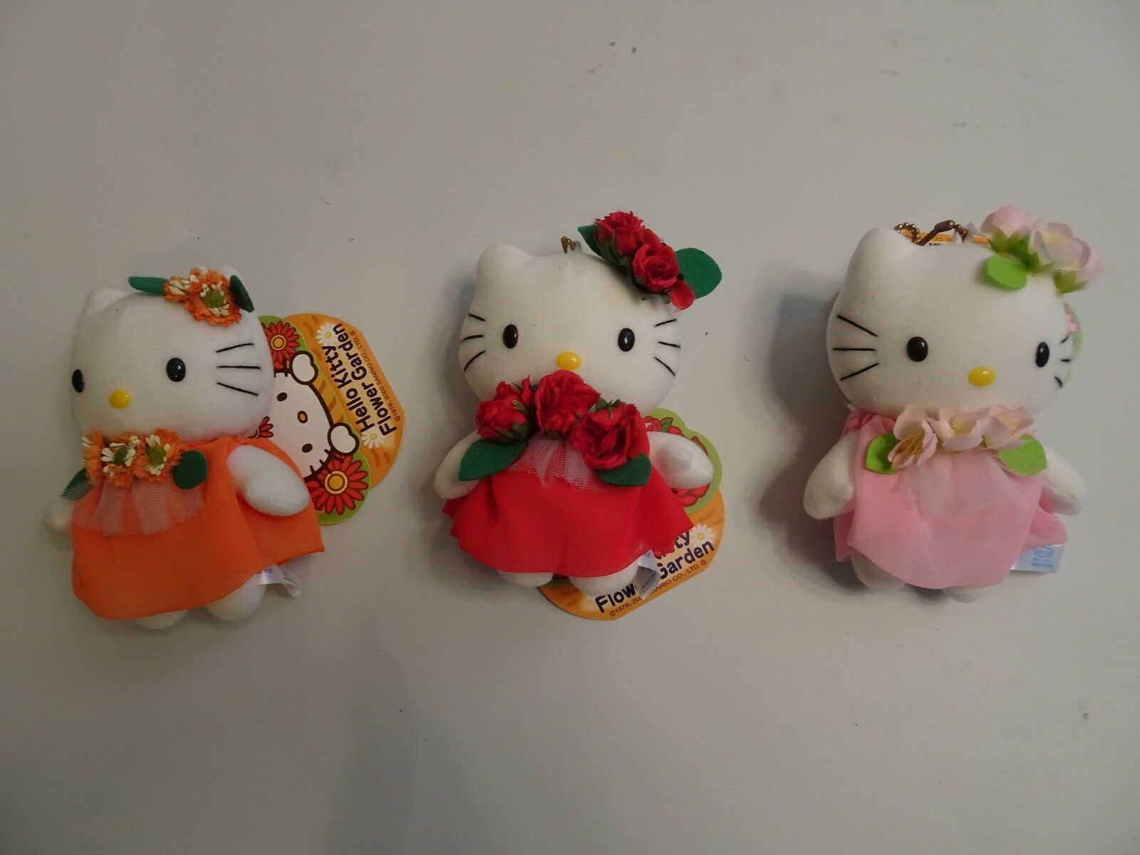 Hello Kitty - Set 3 Peluches Flower Garden Gerbera Rose Sakura 13 cm 2000 Japon