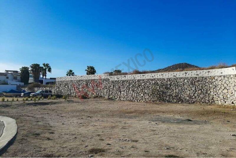 Terreno en venta muy amplio en El Tezal de Cabo San Lucas, Fracc. Privado Ciruelos