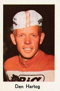 CYCLISME-carte-cycliste-ARIE-DEN-HARTOG-equipe-BIC-1967-Format-9-sur-6-cm