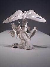 +# A000691_02 Goebel Archiv Plombe Schmetterling Butterfly, Blume Flower 35-011