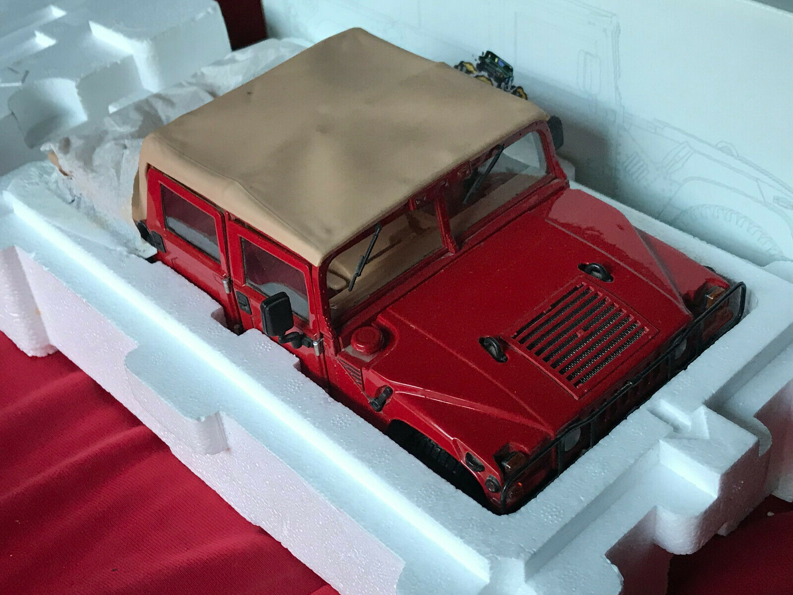 AM General  HUMMER H1  Humvee  Soft Top  in rot  by EXOTO  1 18 TDT01805 RETIrot