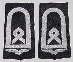 Grade insigne rangschlaufen- brodés adjudant chef LW NOIR... d7051-ichen Rangschlaufen- gestickt Hauptfeldwebel Lw Schwarz .....D7051afficher le titre d`origine 7Ycw15P3-09161308-516125146