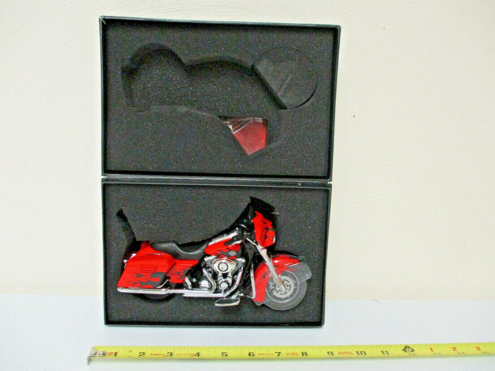 Harley-Davidson rouge Hot Lava 2009  FLHX rue Glide par DCP échelle 1 12th  magasin en ligne