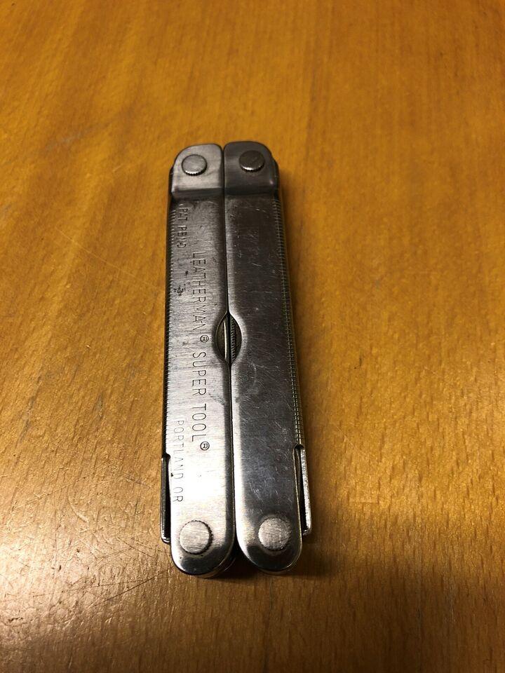 Jagtkniv, Leatherman super tool