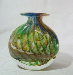 Vintage-Phoenician-Glassblowers-Maltese-Vase-Signed