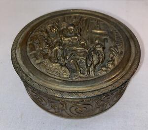 Vtg 1930-40's Brass? LOVING COUPLE Emboss Compact Trinket Jewelry Box Mirror Lid