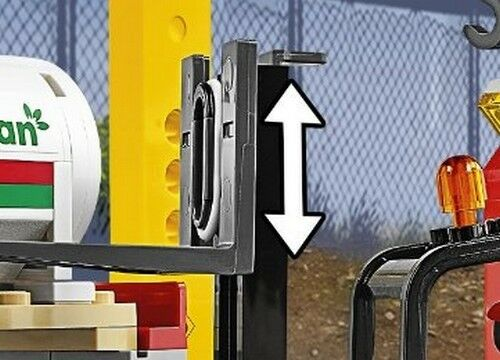 LEGO City Fork Lift Truck Forklift Warehouse Cargo Vehicle Train Station Idea