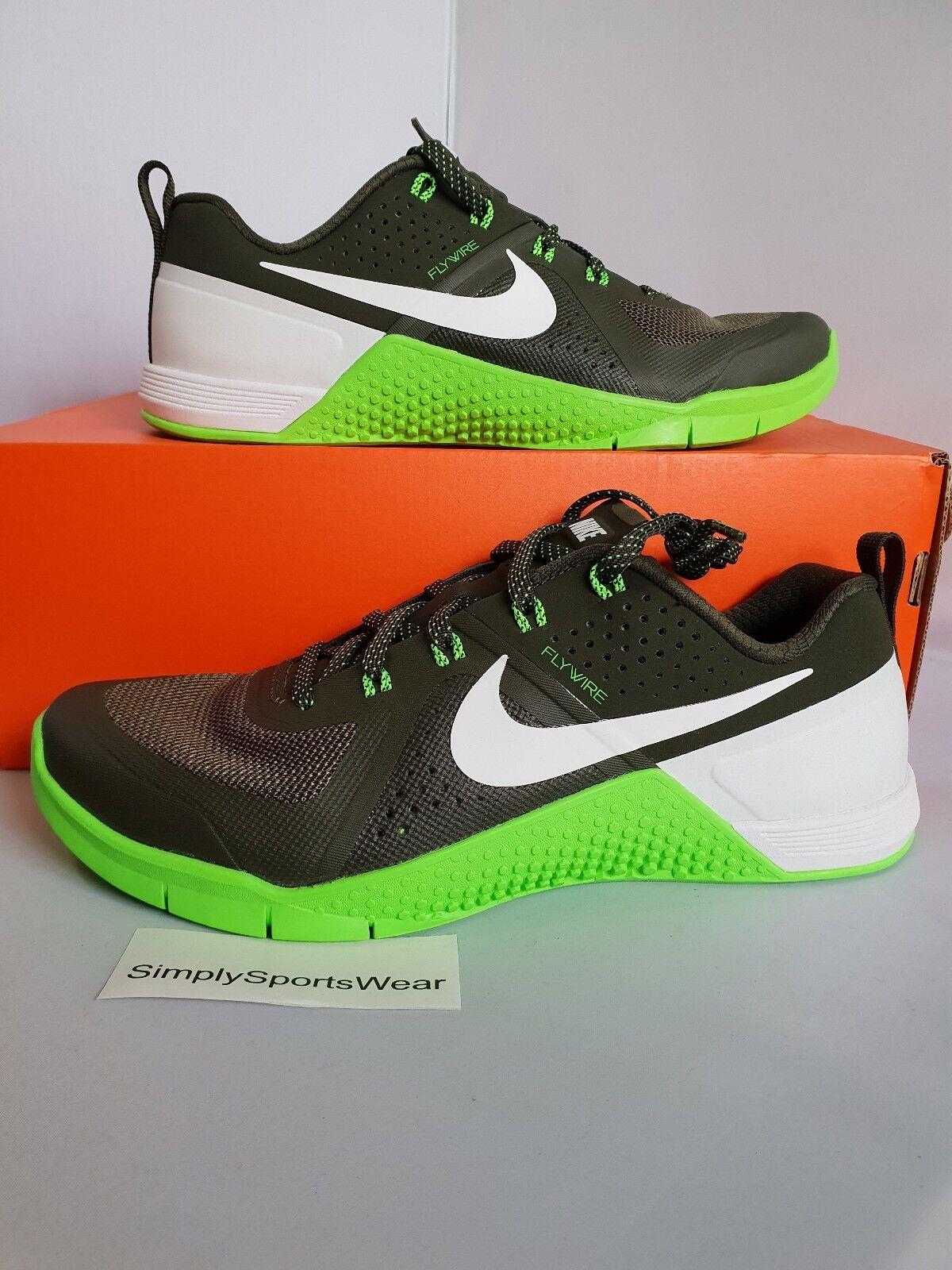 brandy Confinar moderadamente  Nike Metcon 1 Crossfit Trainer 704688-410 for sale | eBay