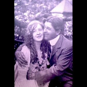 Art-Deco-1920s-Arcade-Exhibit-Card-Antique-French-Lithograph-Paris-Honeymoon-VTG