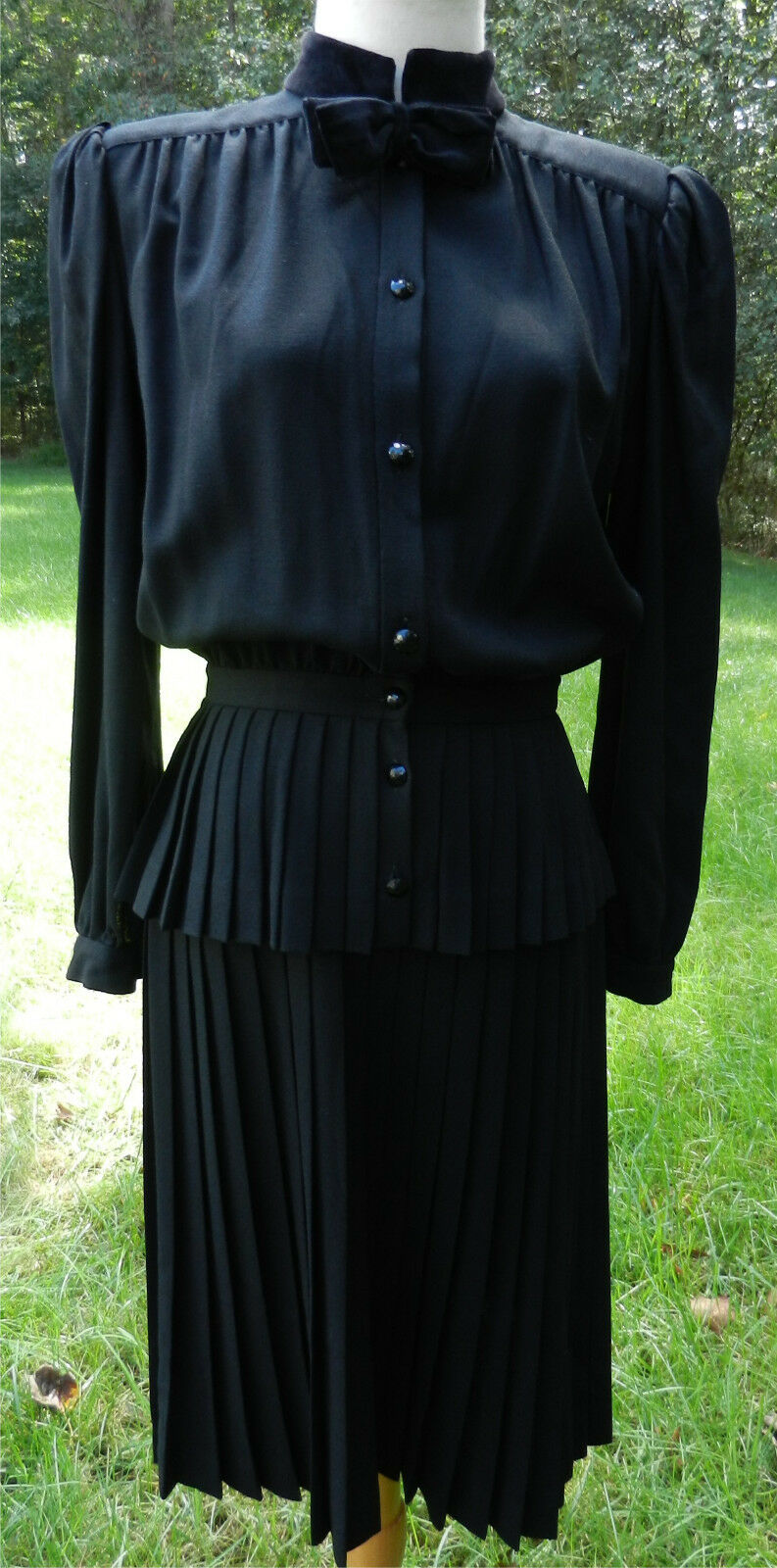 Vestido  Vintage VALENTINO Italia 44 S Negro Falda Plisada De Mangas Largas Botón súperior Arco De Terciopelo  precios al por mayor