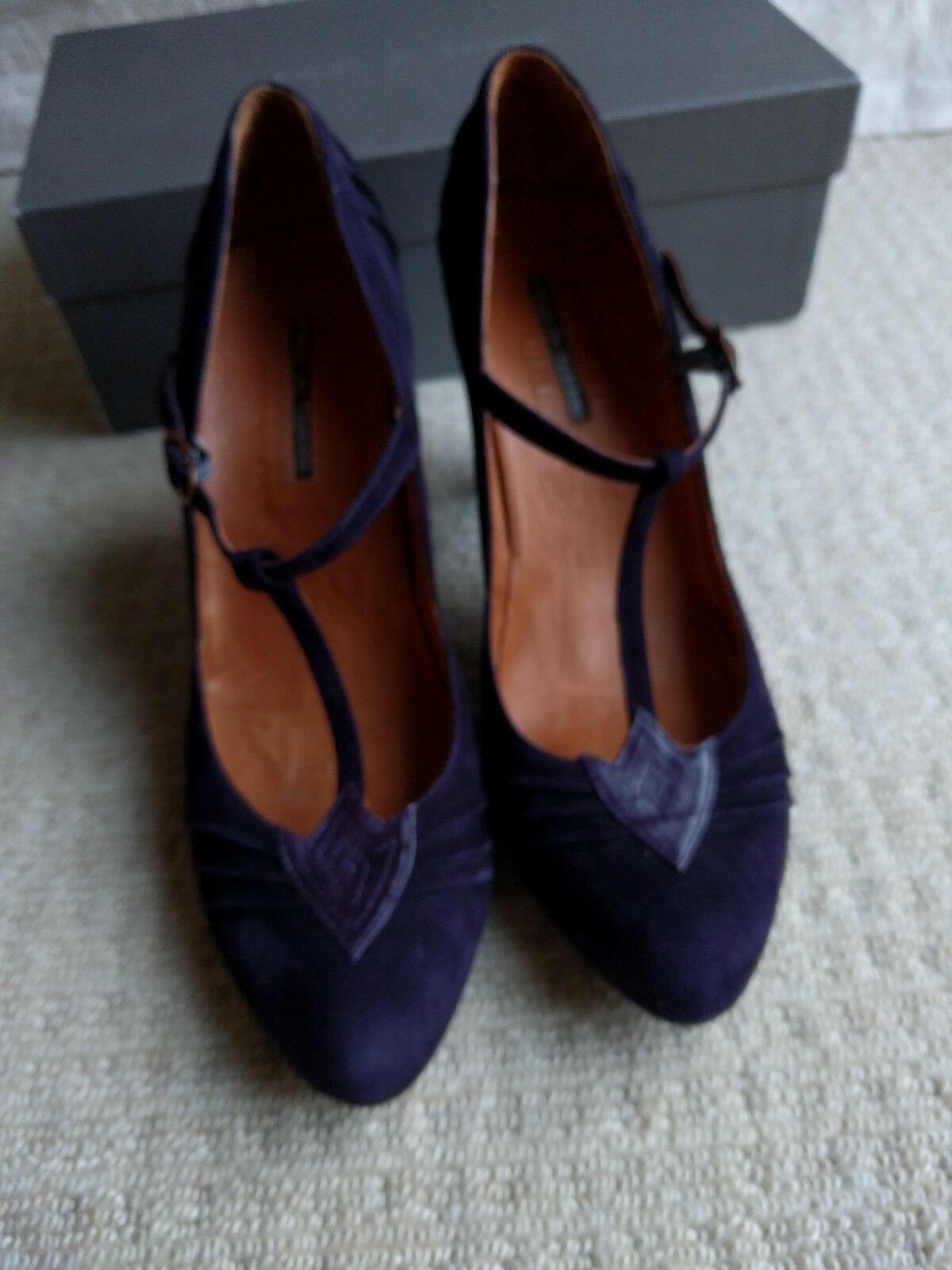 Pied a Terre purple suede size 40 UK 6.5   7