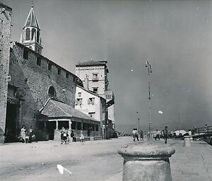 Trogir C. 1960 - L'Église Vue Côté Port Croatie - Div 5889 H0hw8bxq-07225330-631718230