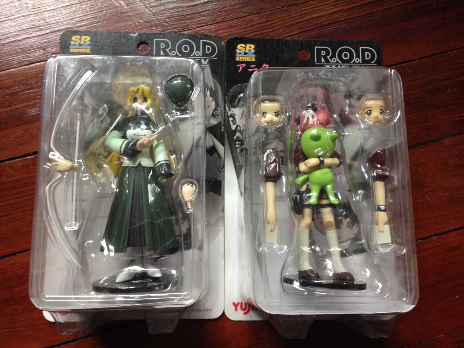 Yujin Super Real Figure DX R.O.D The TV Anita King with Frog Figure and Michelle