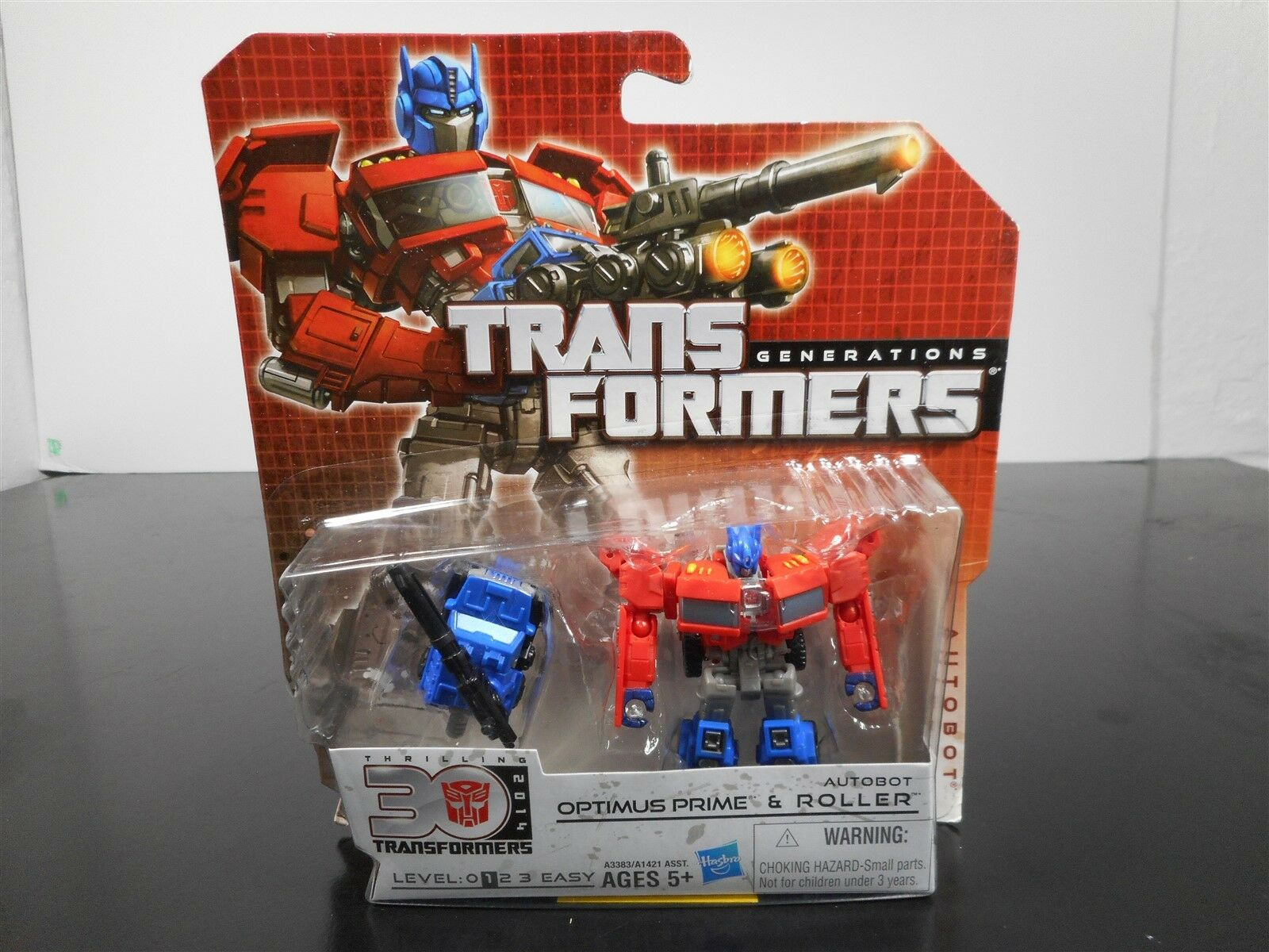 MINT & SEALED  TRANSFORMERS GENERATIONS OPTIMUS PRIME & ROLLER THRILLING 30 5-11