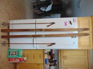 / antique wooden skis   77   long      chalet decor  very   nice   # 6773