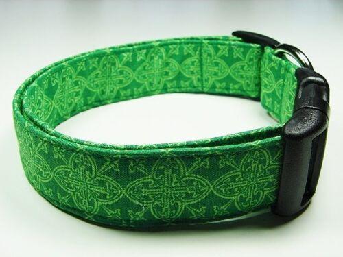 Charming St Patricks Day Irish Celtic Medallions Dog Collar
