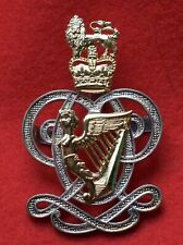 13th 18th Royal Hussars Remembrance Flower Lapel Pin P71