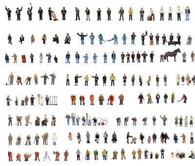 - Graham Farish 379-300 Business People free post N painted figures x6