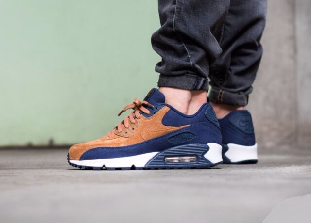 new style cd0f8 1f39f Mens Nike Air Max 90 Premium Ale Brown Midnight Navy Sail 700155-201 US 9