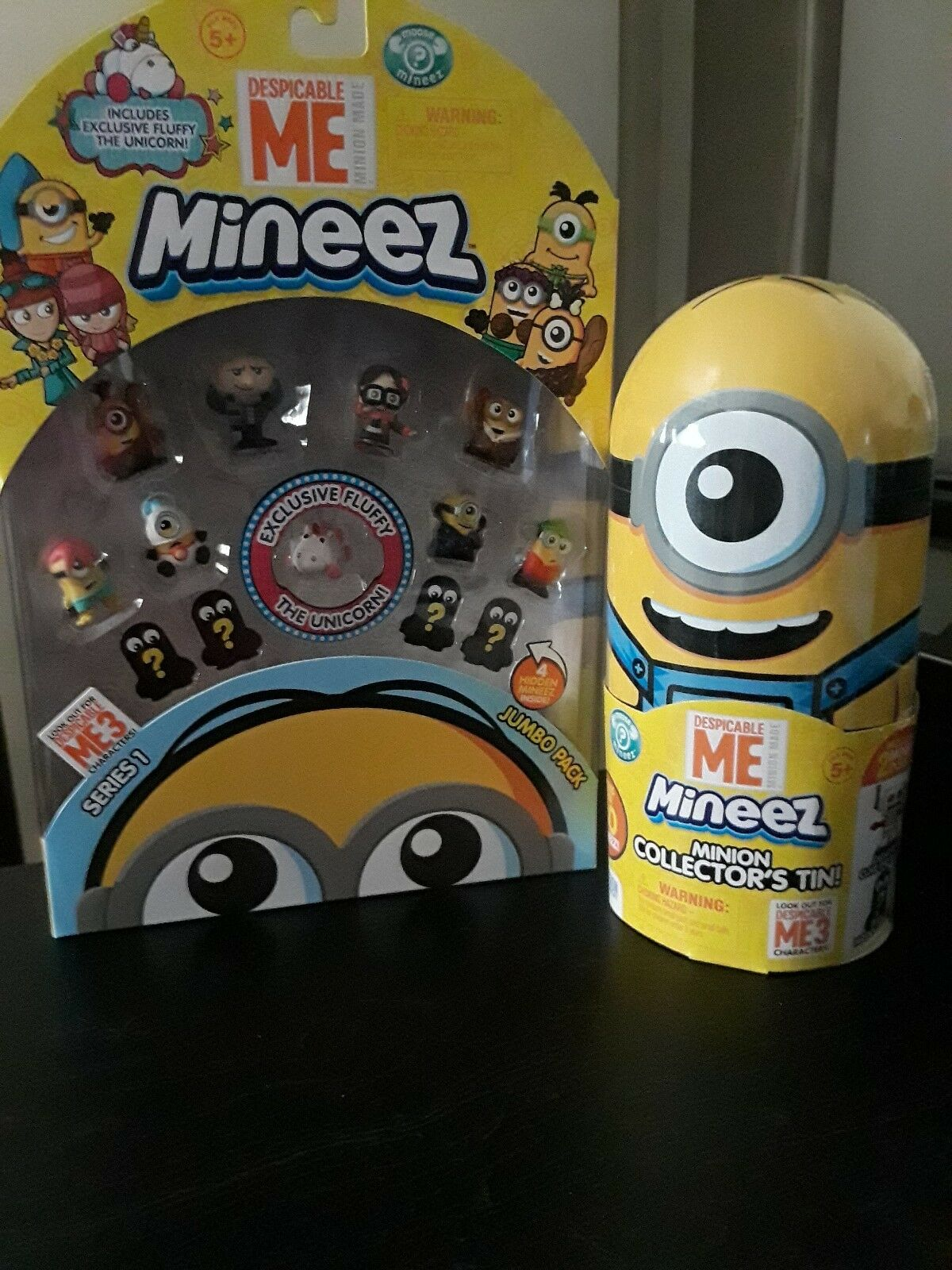 Despicable Me Mineez Series 1 w  exclusive unicorn and Mineez Collectors Tin
