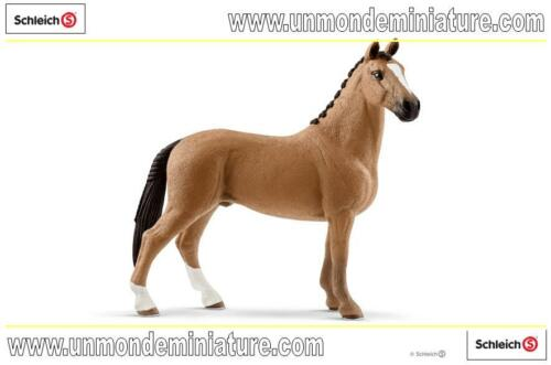 SC 13837 Horse Club Hongre Hanovre  SCHLEICH