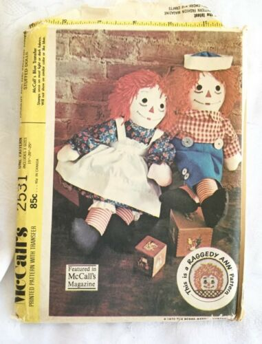 """36/"""" UNCUT CLASSIC RAGGEDY ANN /& ANDY DOLLS SEWING PATTERN S9447 SIZES 15/"""" 26/"""""""