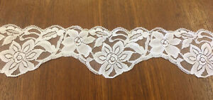 Lace-Trim-6-5-cm-wide-Ribbon-Vintage-Snow-White-per-meter
