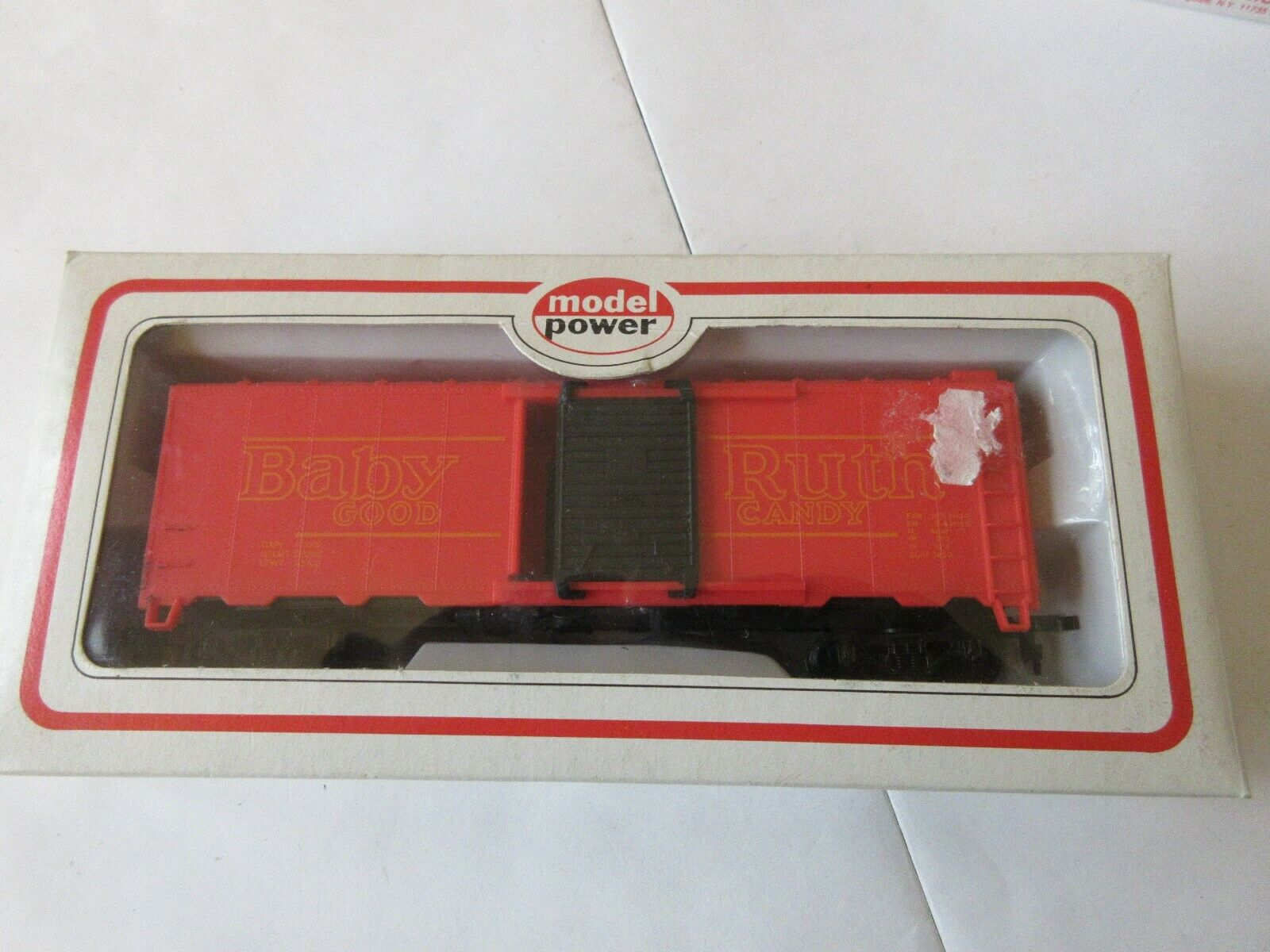 Model Power , HO Scale , Baby Ruth , Maine Central , Sa