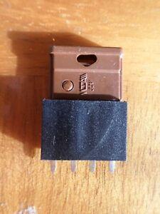 5 SCHURTER OGN20-PC Offener Sicherungshalter 5x20mm Sicherungen 856800