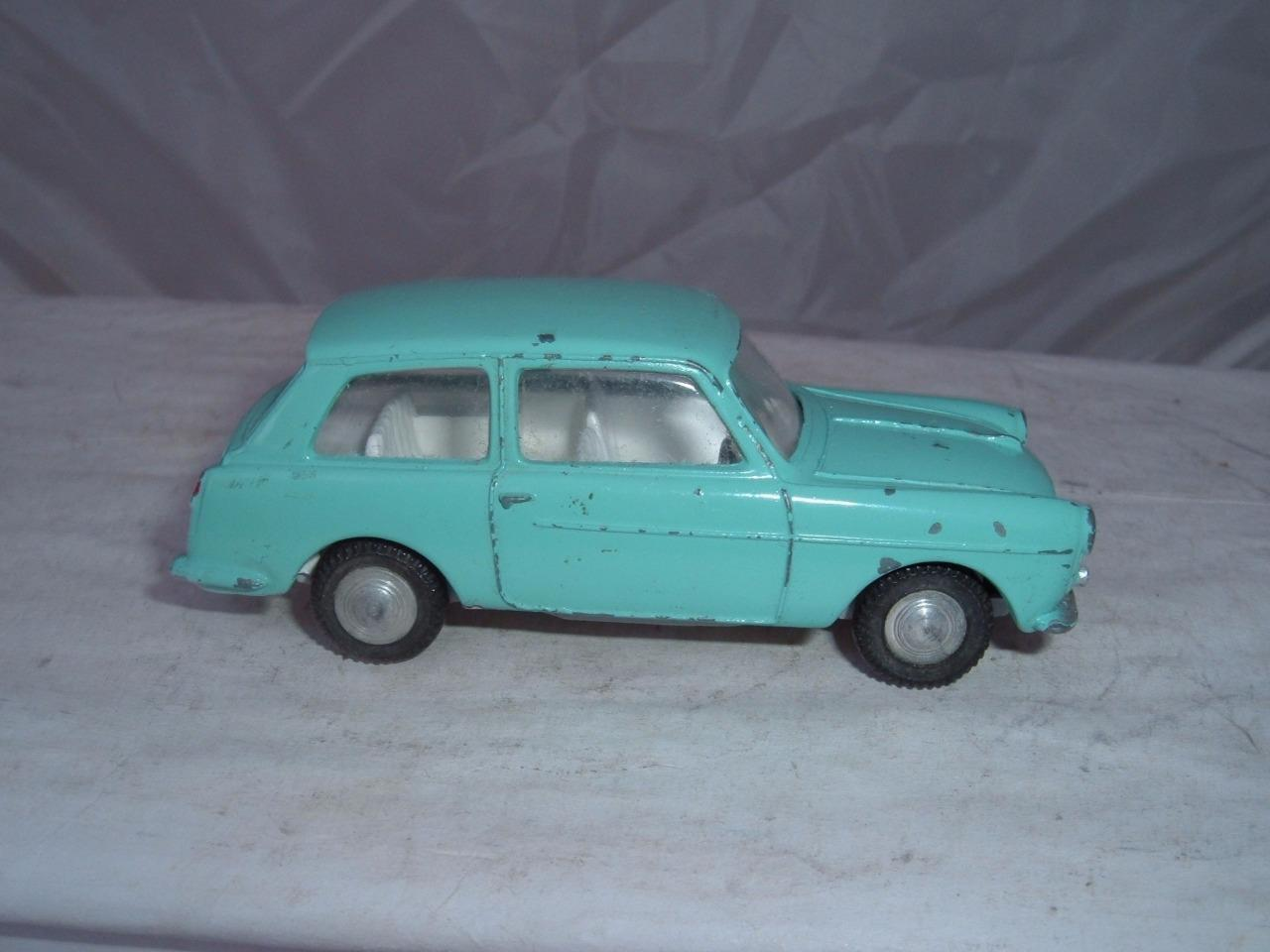 Terreno En Triang   154 Austin A40 Farina Genuina Original Usado Estado Vintage