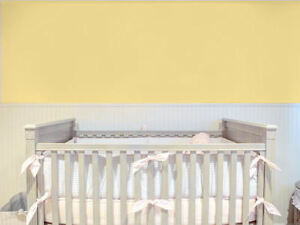 Plain-Pale-Lemon-Yellow-Nursery-Smooth-Wallpaper-45980-FREEPOST-Baby-Room