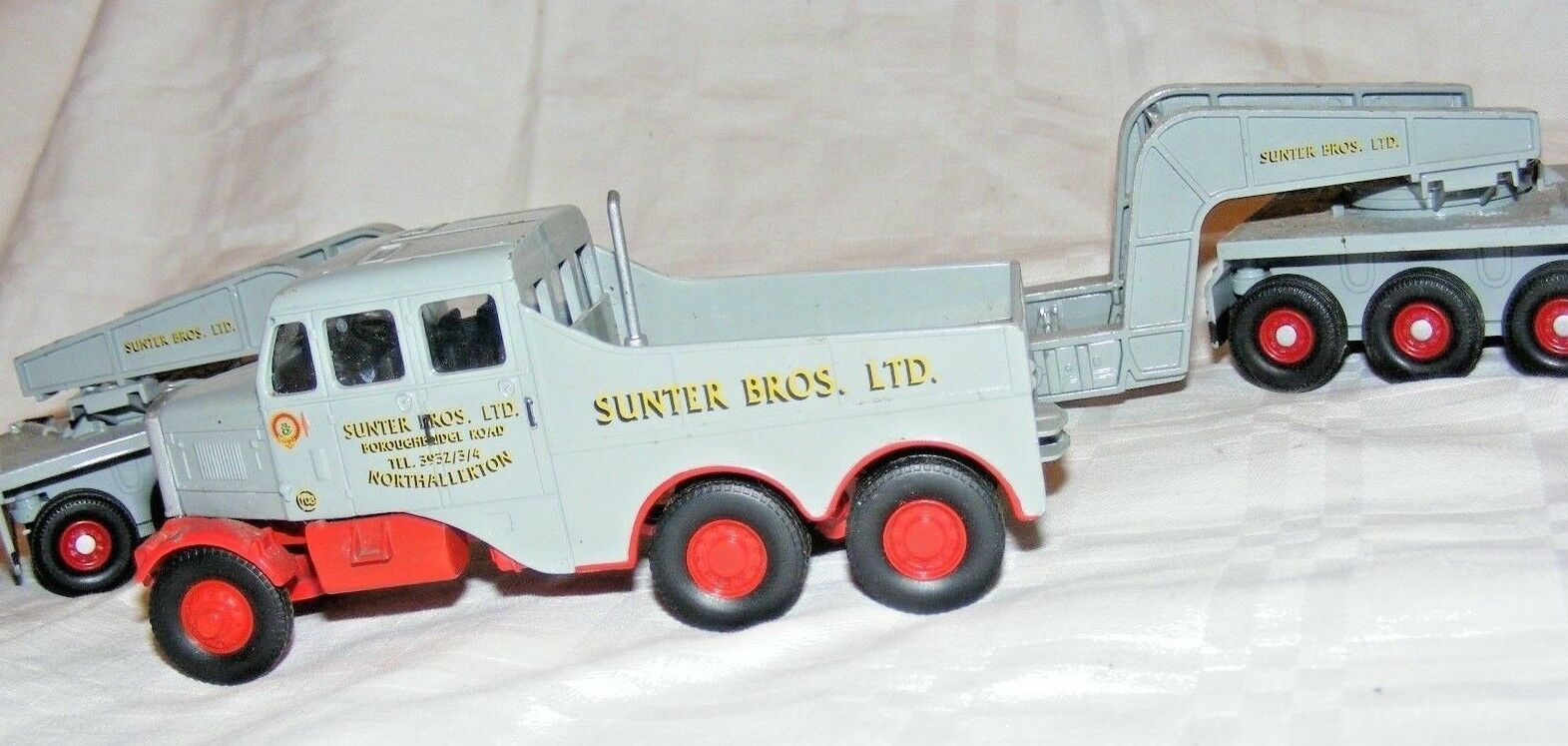 CORGI 1 50 SCALE 17602 SUNTER BROS CONSTRUCTOR 24 WHEEL TRAILER AND LOAD DIECAST
