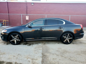Lincoln MKS AWD, Nav, Back up cam, fully loaded